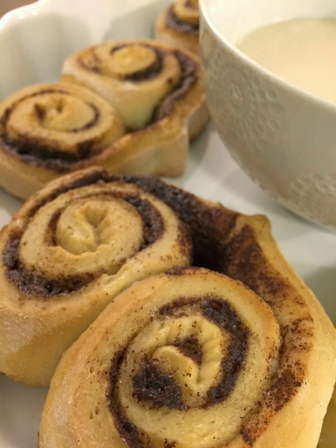 Tiffany Gaither of Delightfully Chic bakes up heart shaped cinnamon rolls for valentines day! #dchic #recipe http://delightfully-chic.blogspot.com/2015/02/for-love-of-cooking-heart-shaped.html