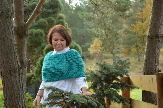 Cable Knitted Shawl Capelet Wedding Shrug Poncho Neck Warmer Alpaca Wool Green Turquoise Choose Color
