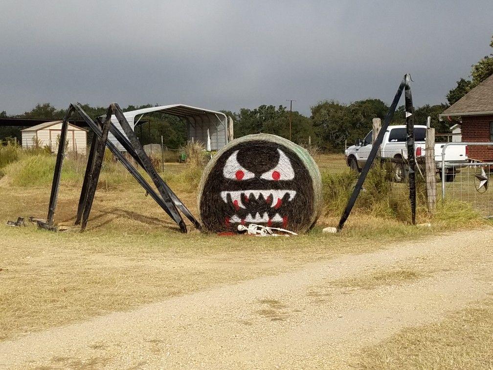 Halloween Giant Hay Spider Halloween Pinterest - giant spider halloween decoration