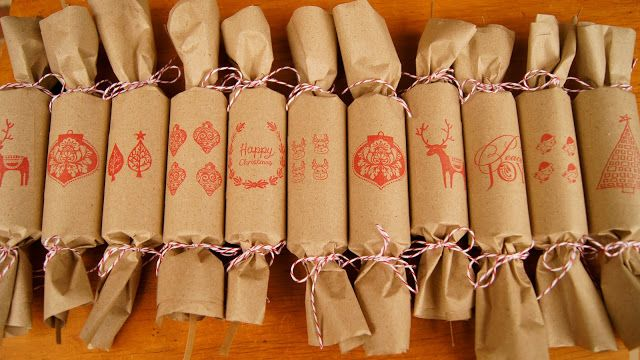 Diy vintage look brown paper bon bons christmas crackers holiday frog goose and bear make your own bon bonschristmas crackers solutioingenieria Image collections