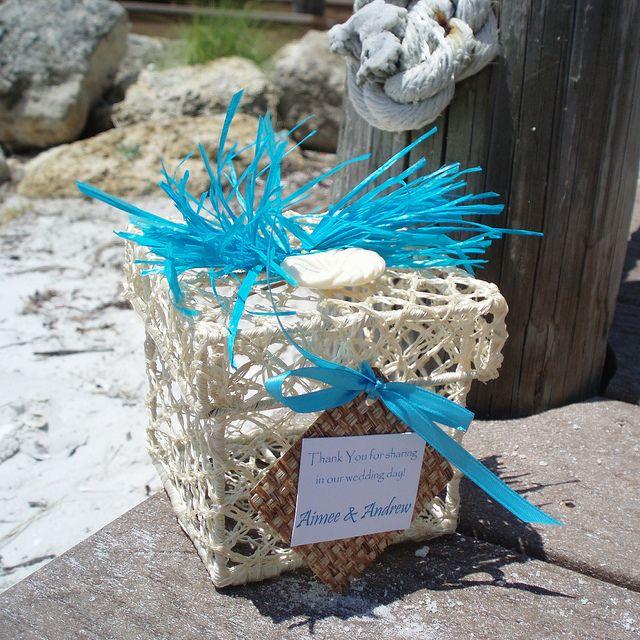 Unique Beach Wedding Ideas: Unique Wedding Favor Box For A Tropical Or Beach Theme