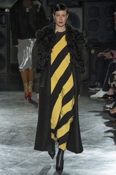 http://www.vogue.co.uk/fashion/autumn-winter-2014/ready-to-wear/jonathan-saunders/full-length-photos/gallery/1123724