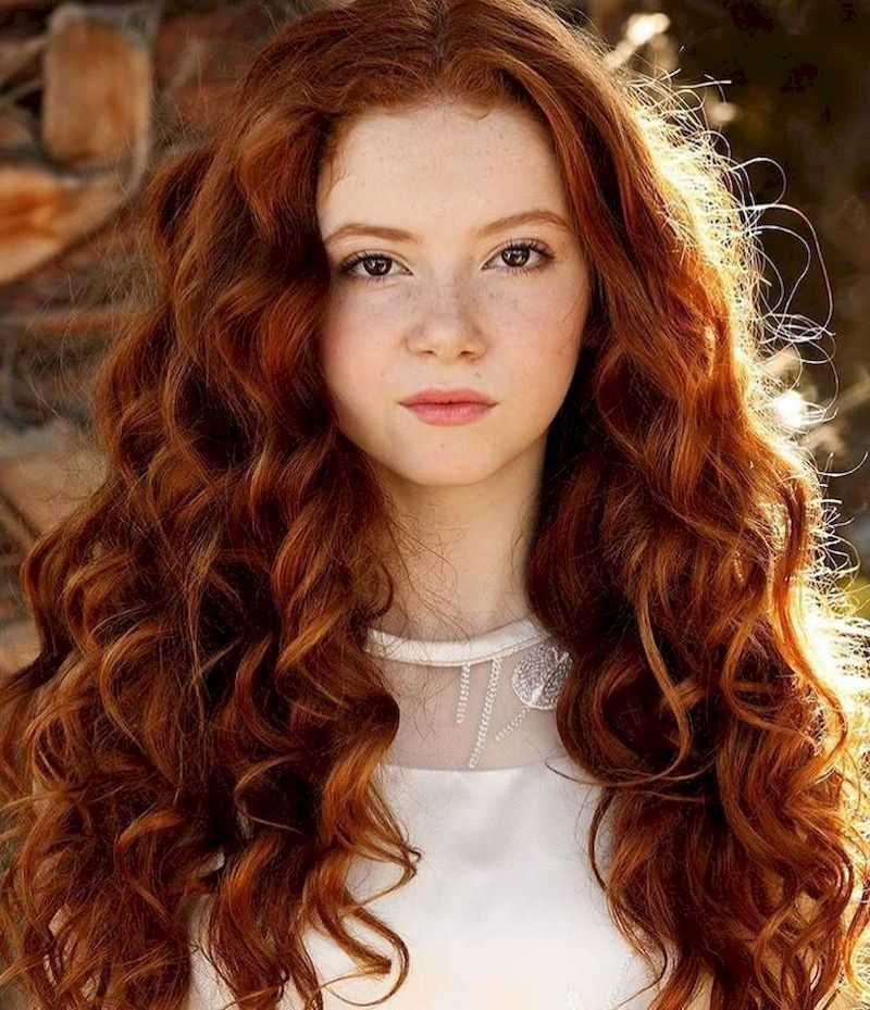 42 Stunning Redhead Hairstyles For Those Looking A Different Style Red Curly Hair Natural Red Hair Hair Styles