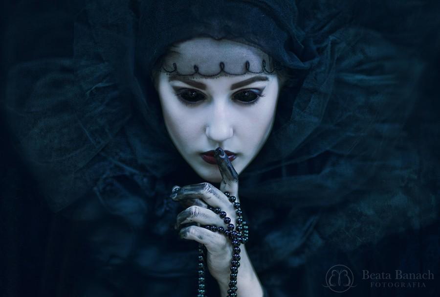 © Beata Banach -  the pain is just the beginning https://500px.com/BeataBanach