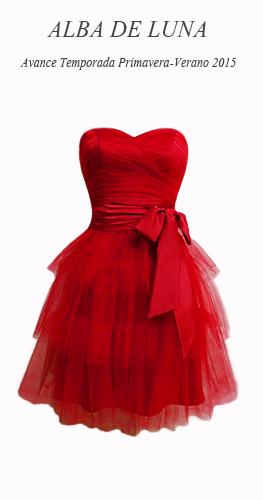 Avance temporada Primavera-Verano 2015.   Vestido corto tul color rojo. Cuerpo drapeado / Falda corta volantes.  (fajín drapeado en satén color rojo)