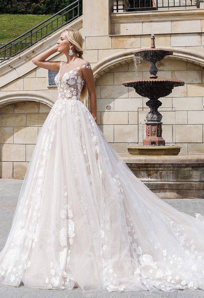 Glamourös Elegante Oksana Mukha Brautkleider | Pinterest ...