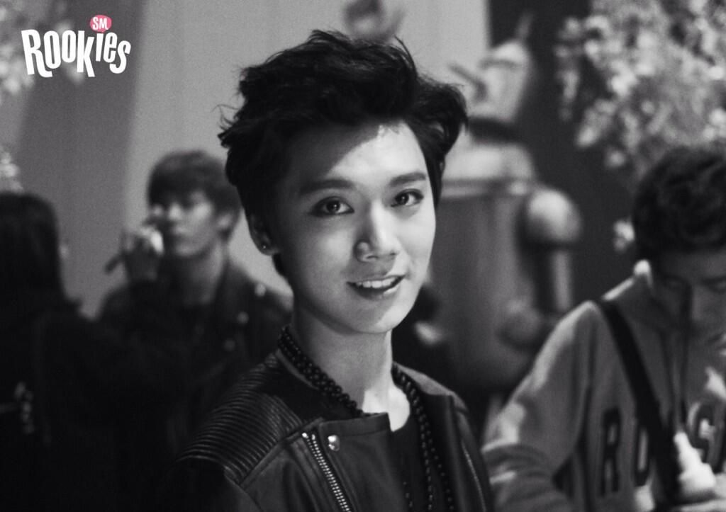 "SMROOKIES ""TEN""   Backstage at the SMTOWN WEEK"