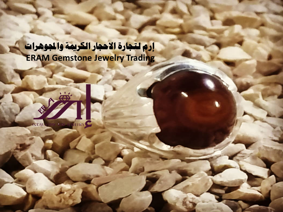 خاتم ملكية عقيق يمني احمر كبدي دم الغزال مقبب طبيعي100 Agate للعرض Gemstones Gemstone Jewelry Food