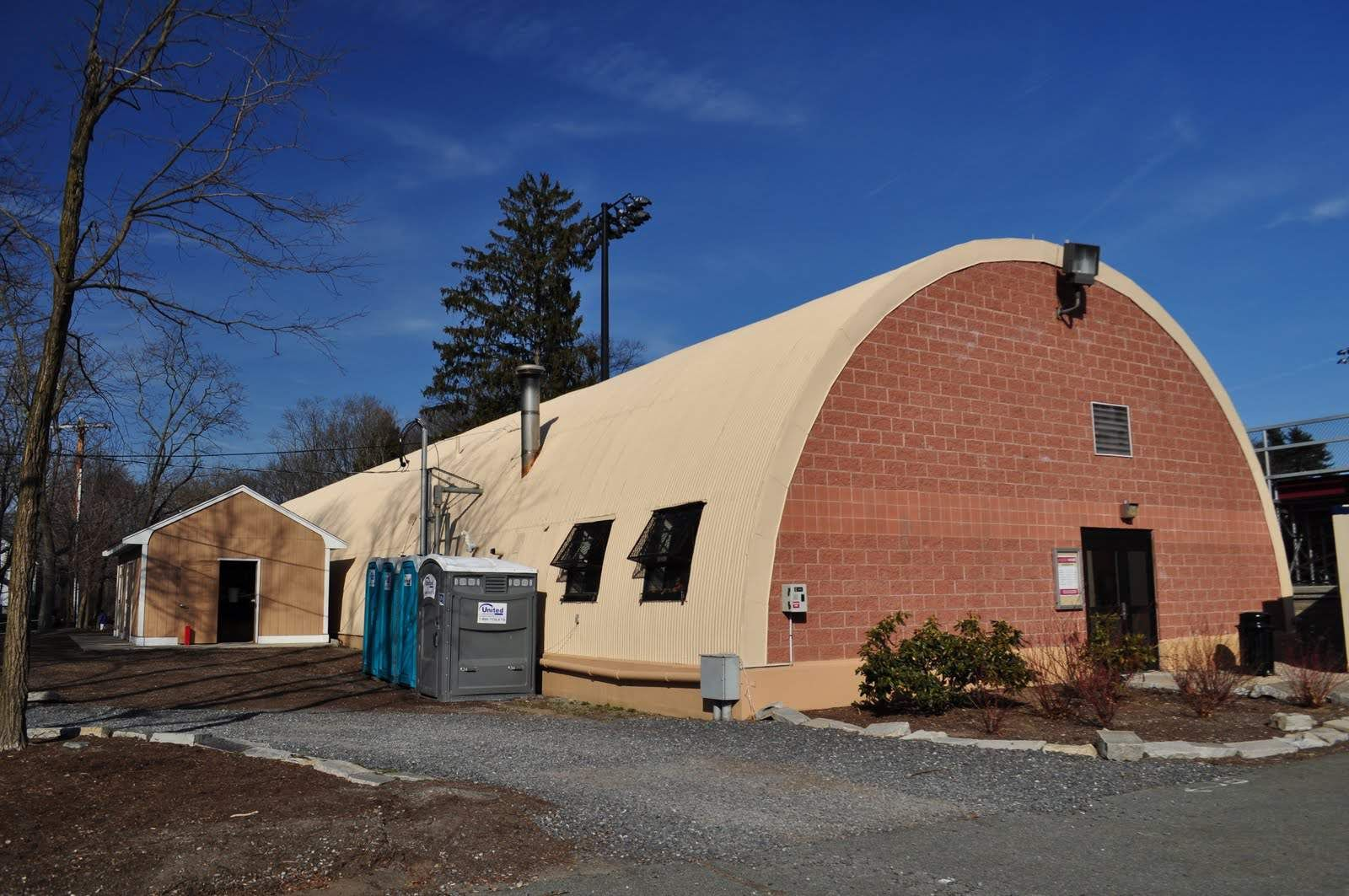 Military Surplus Quonset Huts For Sale >> 11 Things To Know Before Building A Quonset Hut Homes