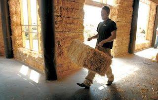 Construção com fardos de Palha