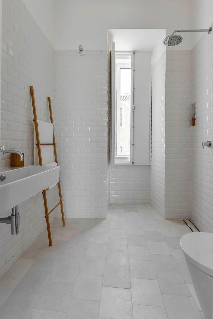 Witte wandtegels badkamer inspiratie | BATHROOM | Pinterest ...