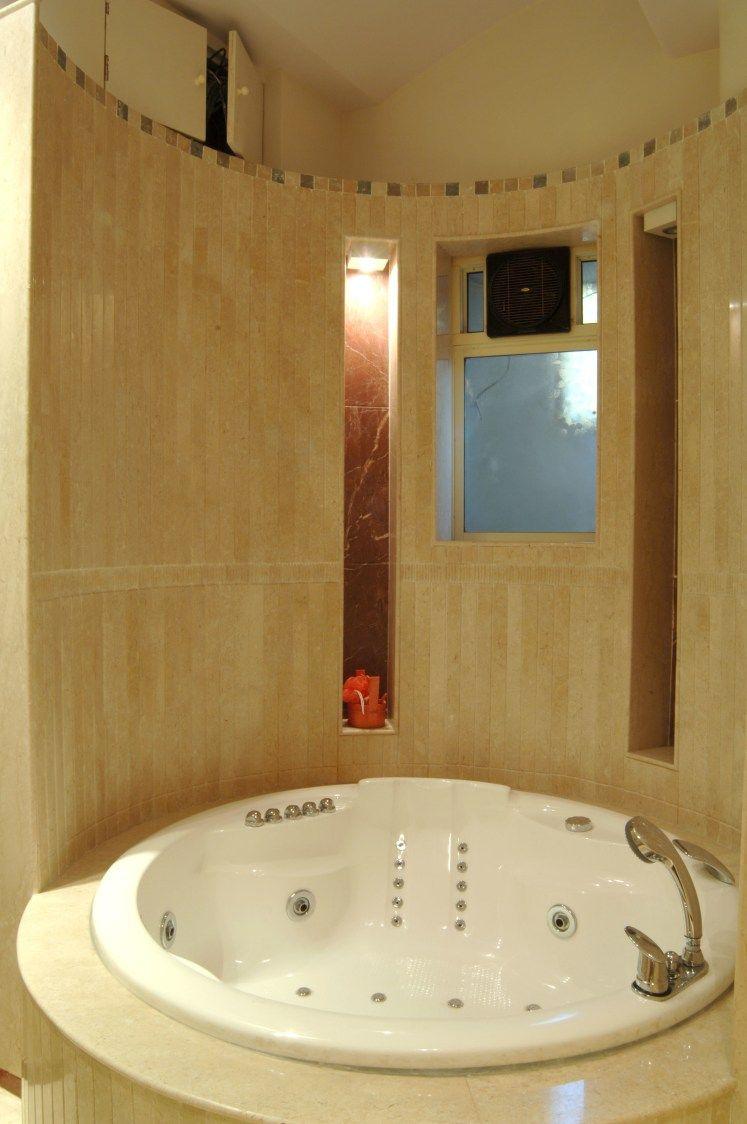 circular bathtub jacuzzi bathtub homes homedecor homedecorideas rh pinterest ca