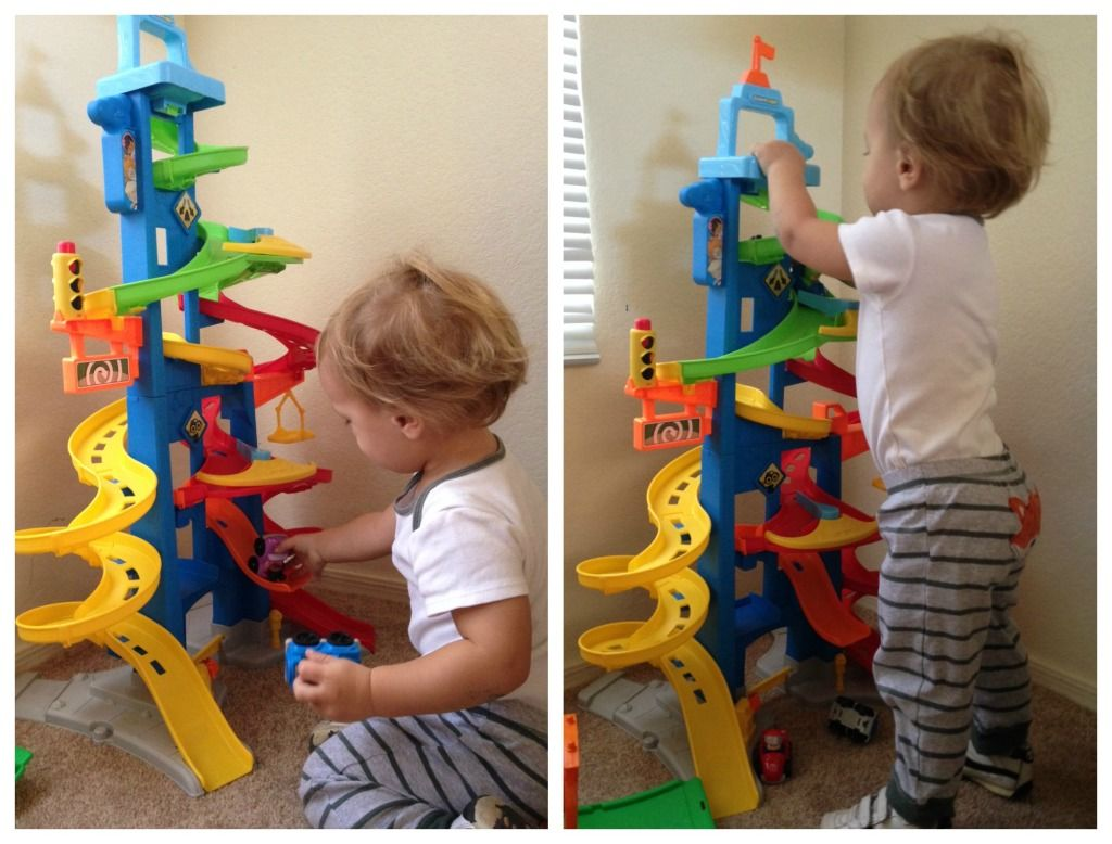 The Fisher Price Skyway City Is A COOL TOY For LITTLE BOYS