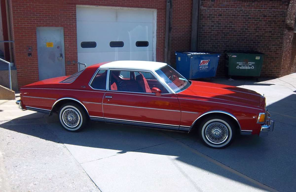 1977 chevrolet caprice landau 2 door roman red with white vinyl top gorgeous  [ 1200 x 776 Pixel ]