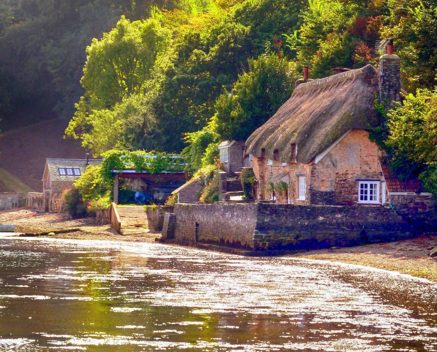 cottages by the water in dittisham devon places to explore in rh pinterest com