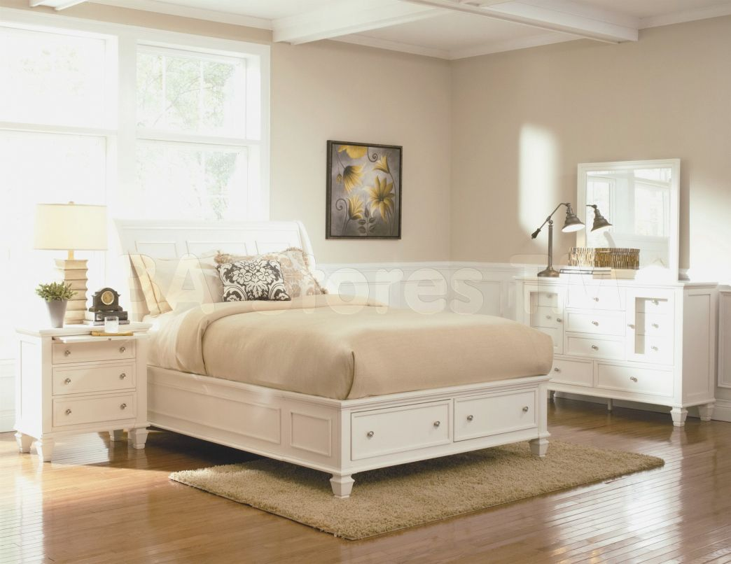 White and Off White Bedrooms Decoration