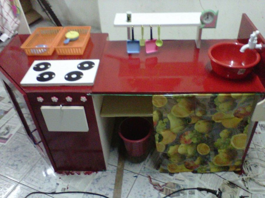 Cocinitas de juguete hechas con muebles reutilizados - muebles reciclados