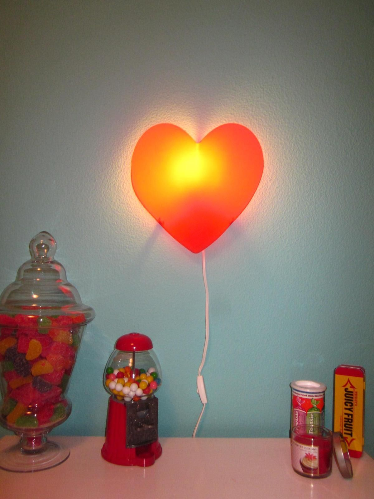 my daughters candy themed bedroom heart light from ikea candy rh pinterest com