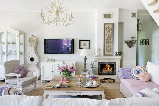 Wohnzimmereinrichtung Beispiele Klassisch Design Lila Decke