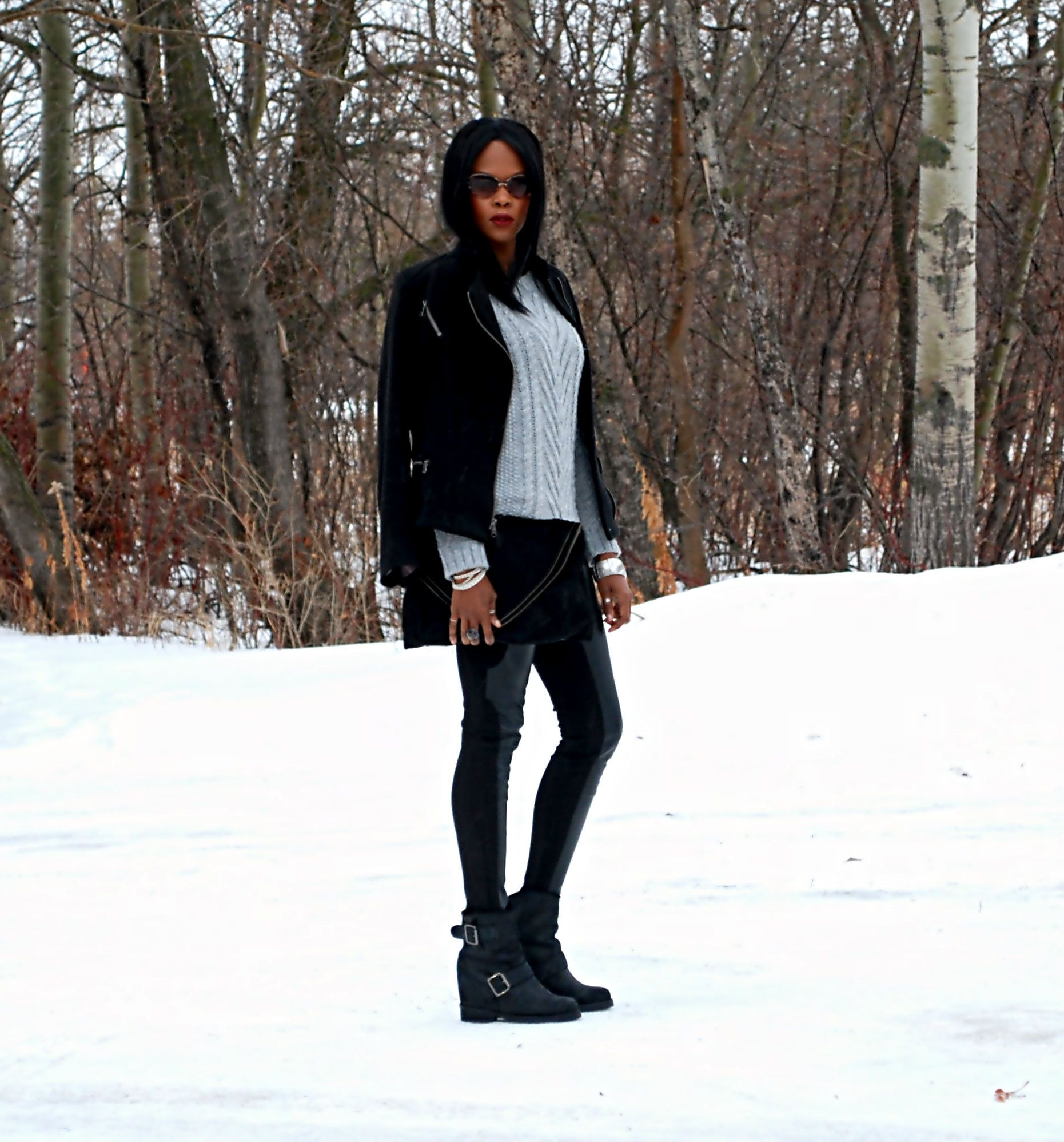 Chunky knits  & leather leggings over on stylemydreams.wordpress.com #winter #chunkyknits #sweaterweather #fashion #fashionblogger #style