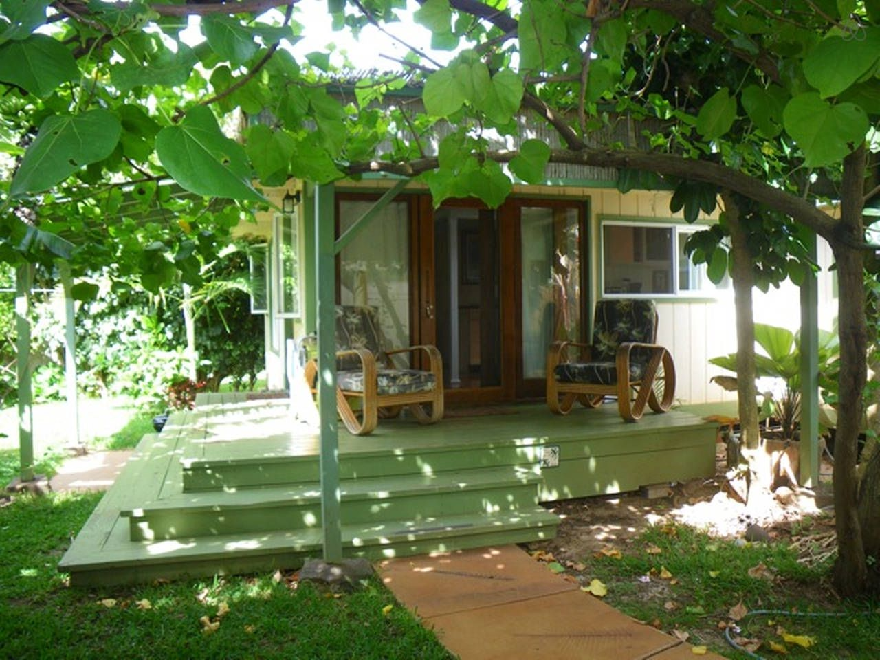 the beach cottage vacation rental in haleiwa hawaii view more rh pinterest co uk