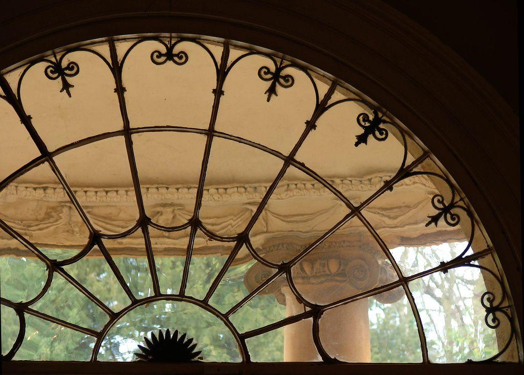 old fanlight window arched windowsfront windowsglass housefront doorscastle housecotton plantationscastlesdecor ideasarchitecture