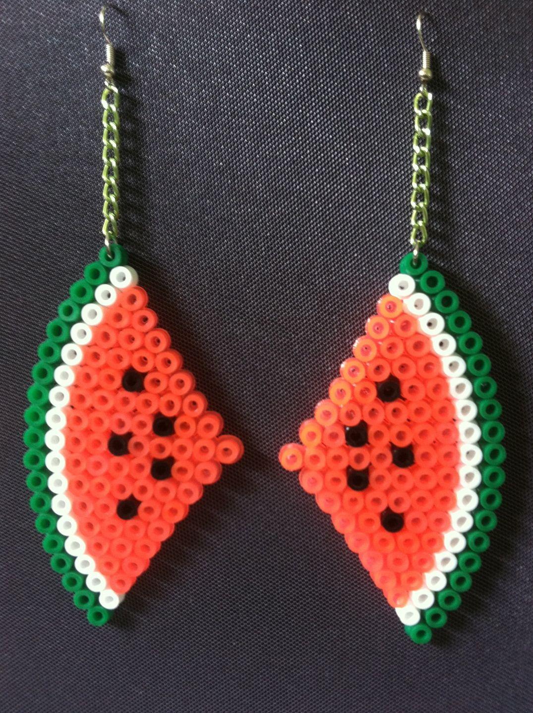 Boucles d 39 oreilles en perles repasser pasteque boucles d 39 oreille par m a g inspirations - Tuto boucle d oreille perle ...