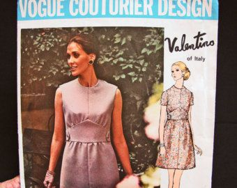 1960s Dress Pattern Vogue UNCUT Misses size 16 Full skirt with