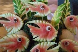 Resultado de imagem para esculturas com frutas