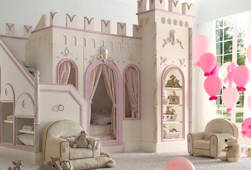 Kinderbett babyzimmer schloss stauraum regale interior design
