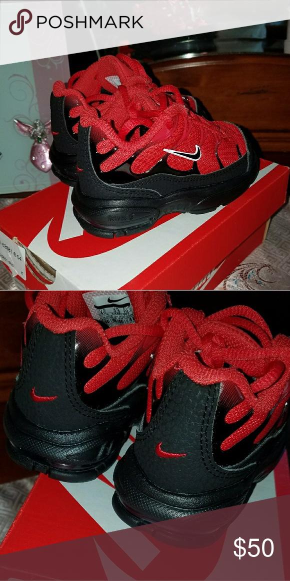 air max plus white university red