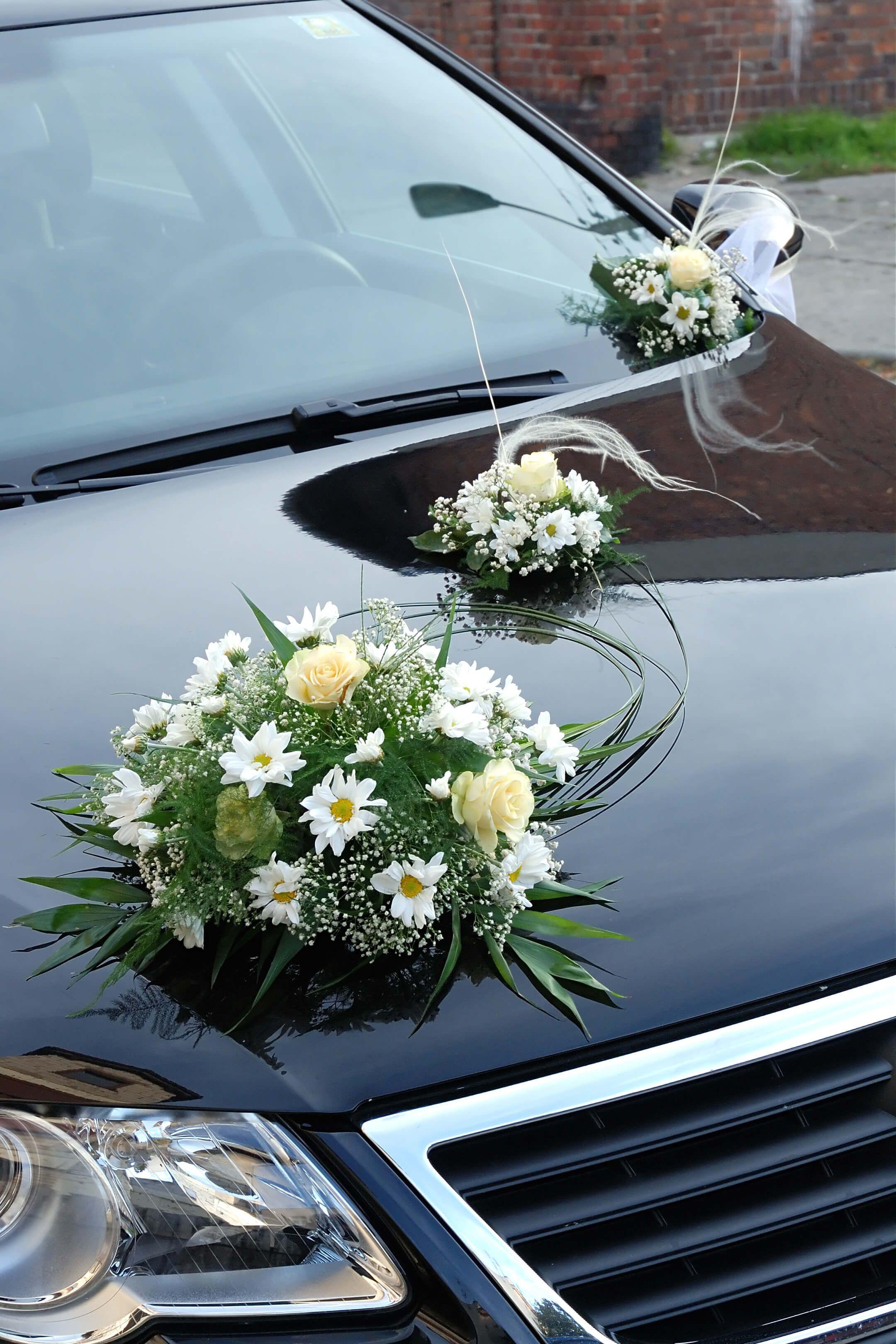 Hochzeitsauto Mit Blumenschmuck Autoschmuck Zur Hochzeit