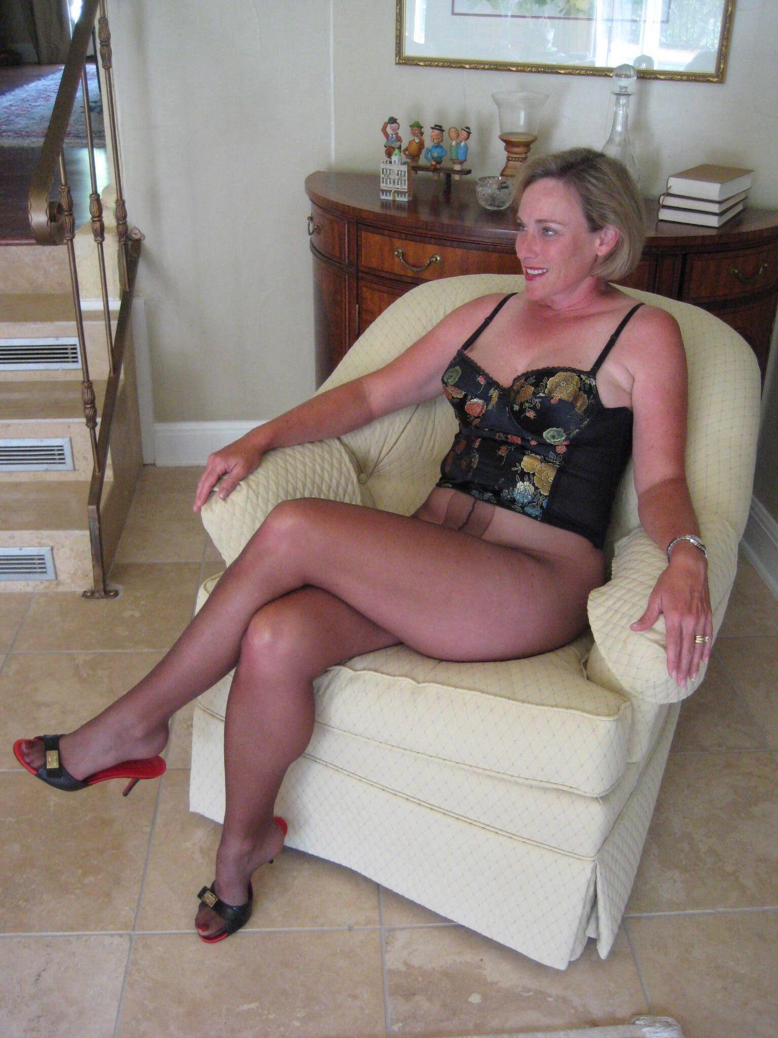 Lori mrs l pantyhose