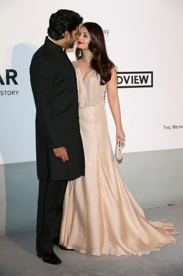 Aishwarya And Abhishek Bachchan Are All Loved Up Soiree