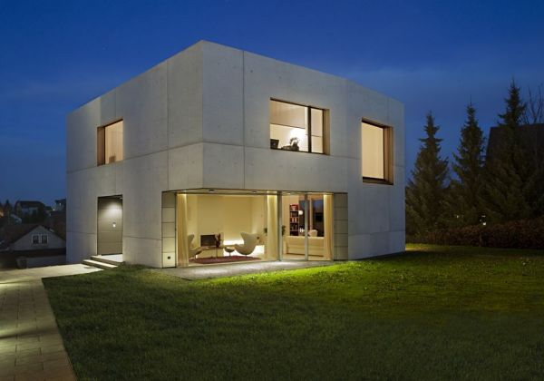 Concrete Home Designs   Minimalist In Germany