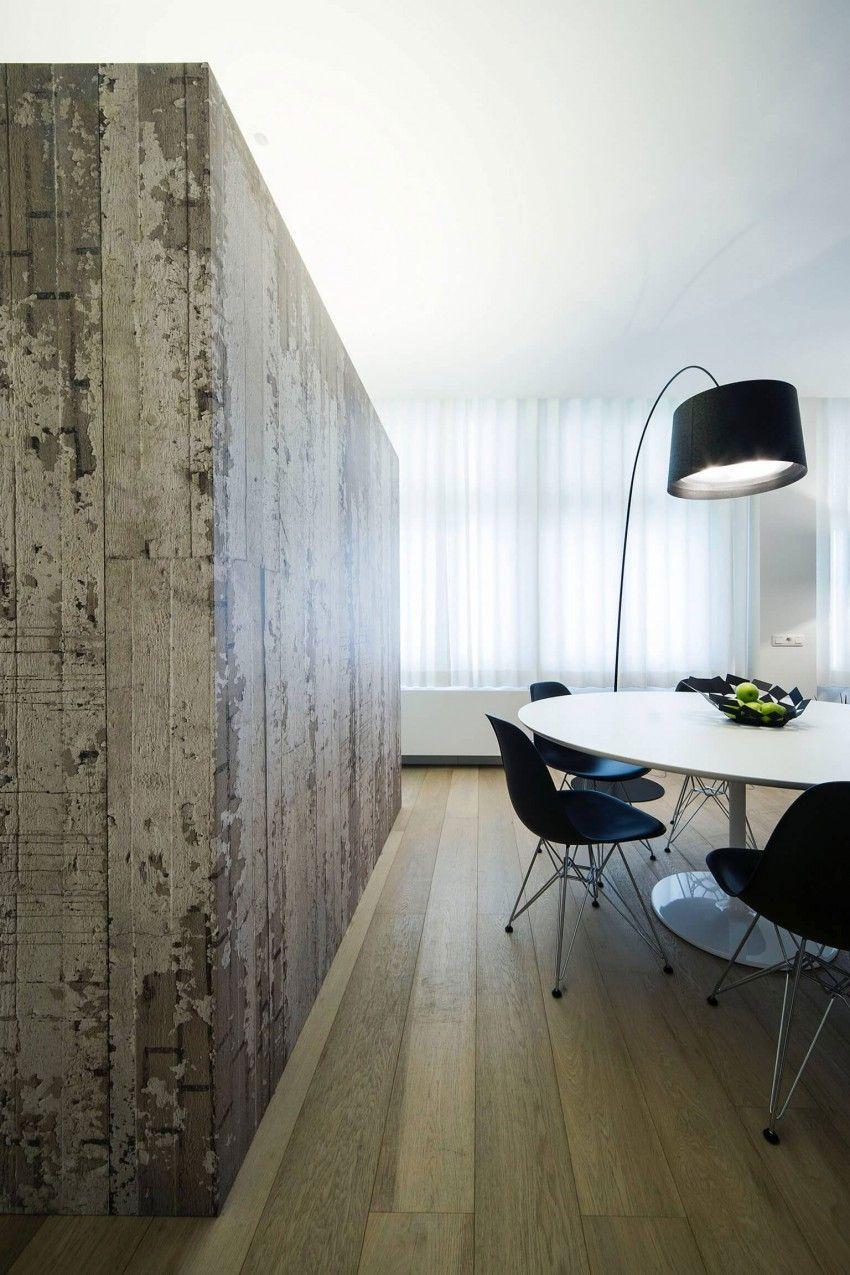 Filip Deslee Designs a Contemporary Apartment