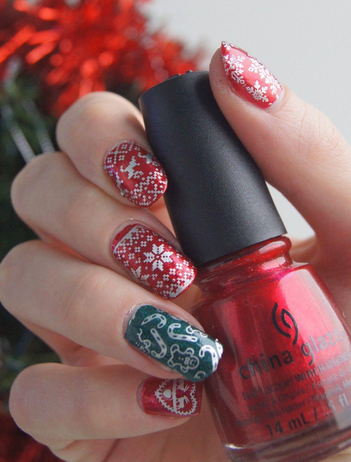 #christmas #nailart #nails #noël #green #rouge #stamping @neejolie @topatopa