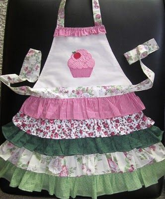 cupcake apron my girls would live these may have to make some rh pinterest es