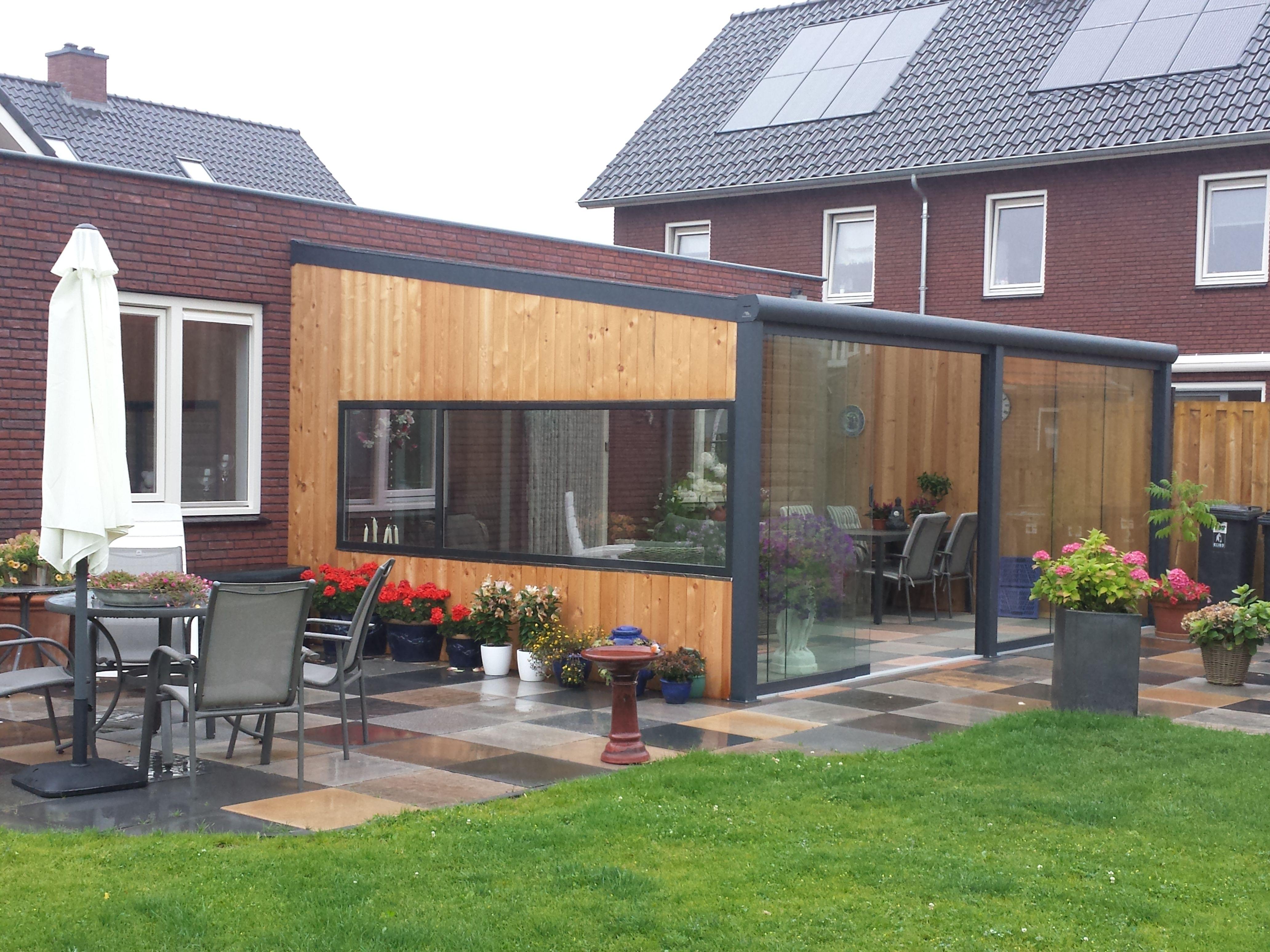 Fonkelnieuw Gumax moderne terrasoverkapping aan aanbouw met glazen dak en FX-78