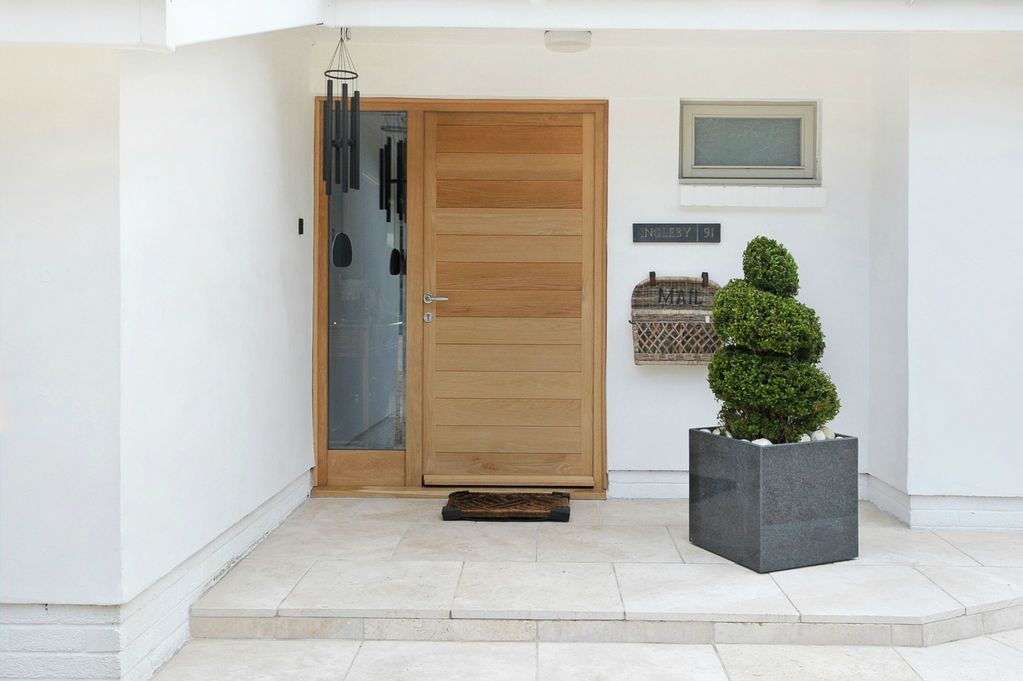 House entrance design uk house interior for Porch interior ideas uk