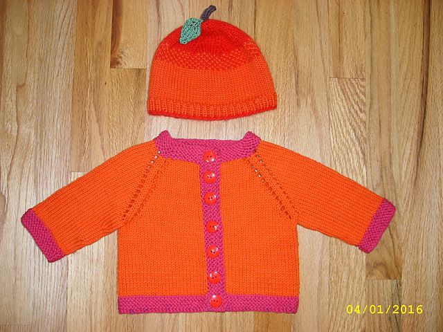 81fd1caa43bb Ravelry  Project Gallery for Fuss Free Baby cardigan pattern by ...