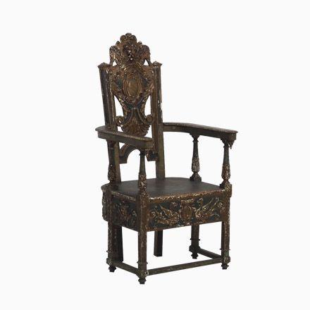 Italienischer Antiker Geschnitzter Beistellstuhl aus Nussholz - esszimmer italienisch