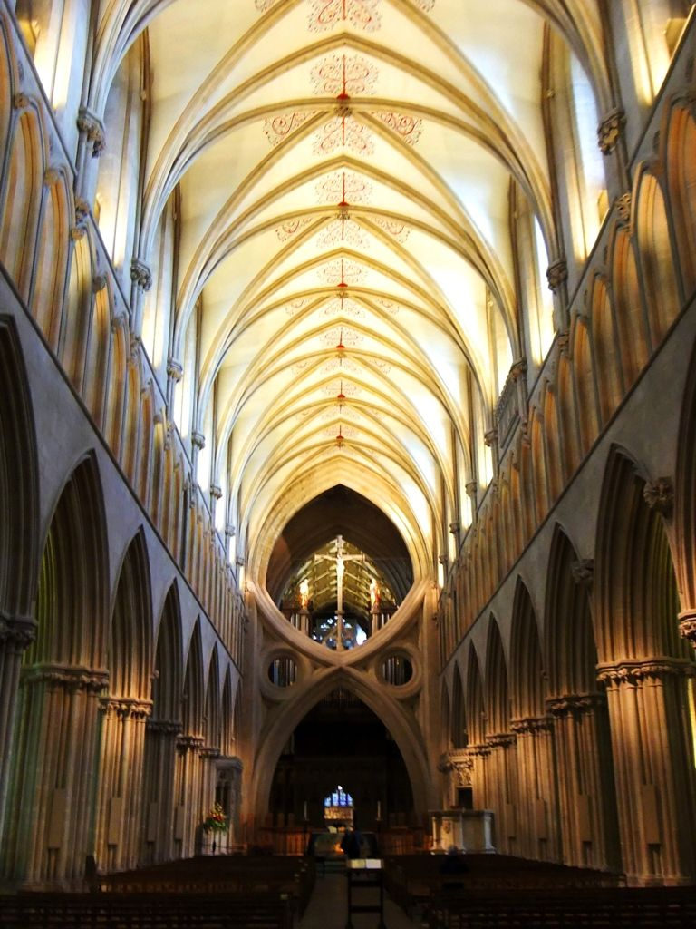 wells cathedral nave leading to scissor arches constructed from rh pinterest com