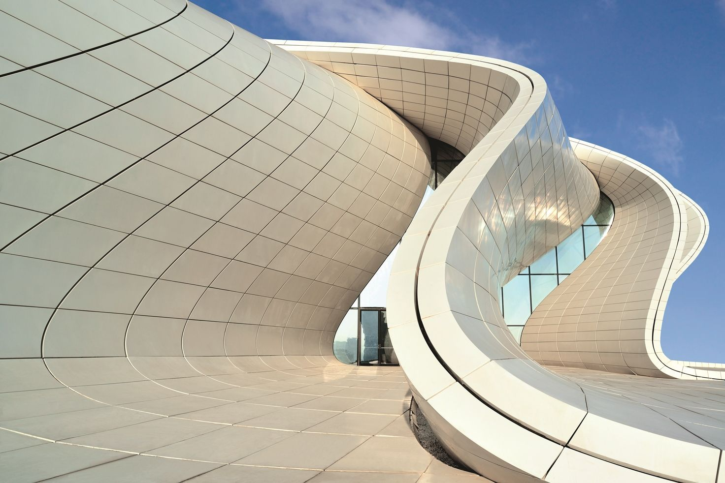 Avant Garde Organic Forms In Architecture Inspiration