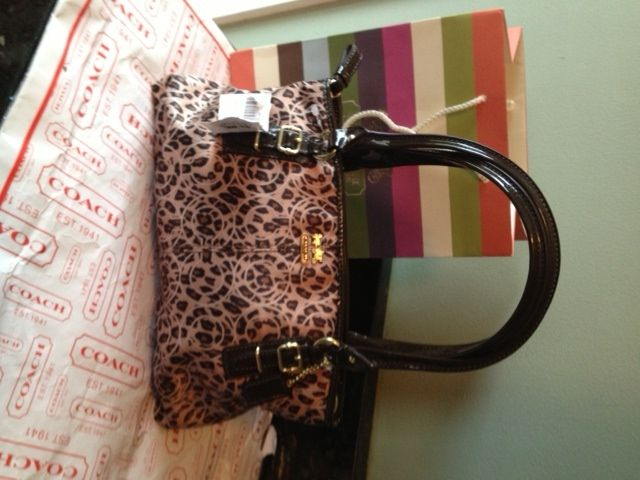 b85eb2e1710461 Buying Authentic Coach On Ebay~ 5 Basic Ways To Tell If A Coach Purse Is  Real Or Fake