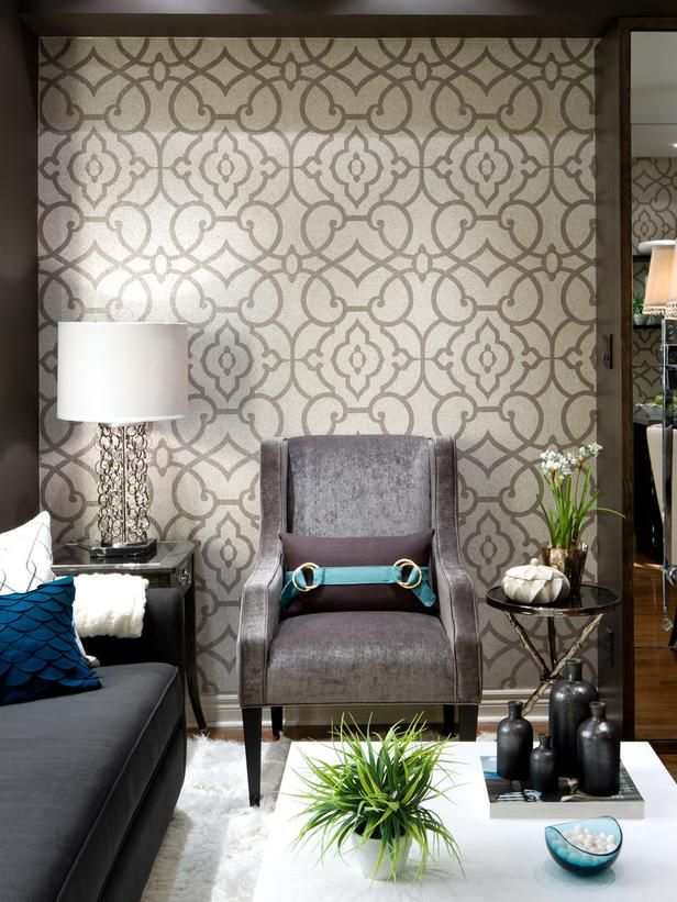 Romantic Living Room Decorating Ideas: Modern Living Room With White Walls, Fireplace & Artistic