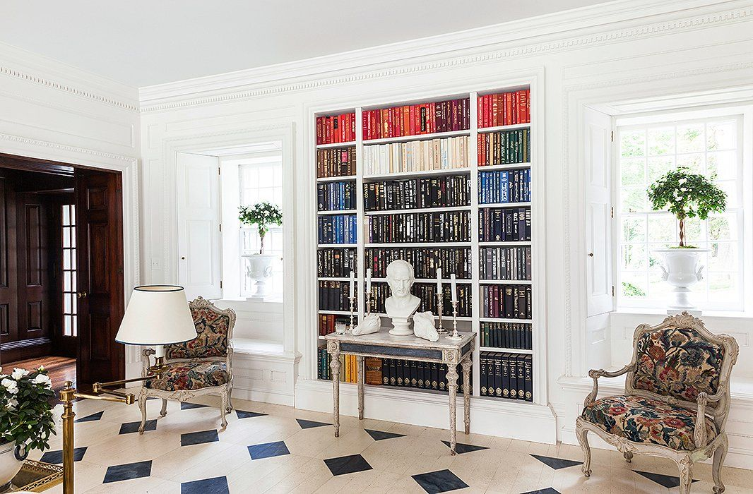 8 Character-Rich Home Libraries Sure to Inspire You | White rooms ...