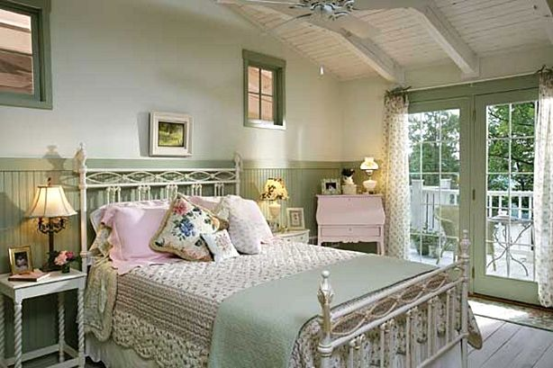 Pretty Shabby Chic Country Bedroom In Pale Greens Shabby Chic