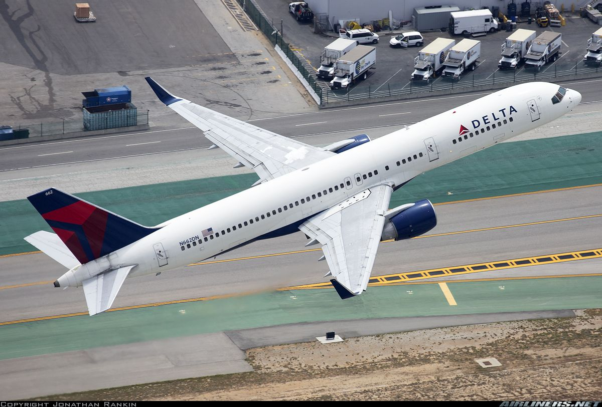 Boeing 757-232 - Delta Air Lines | Aviation Photo #3938233 | Airliners.net