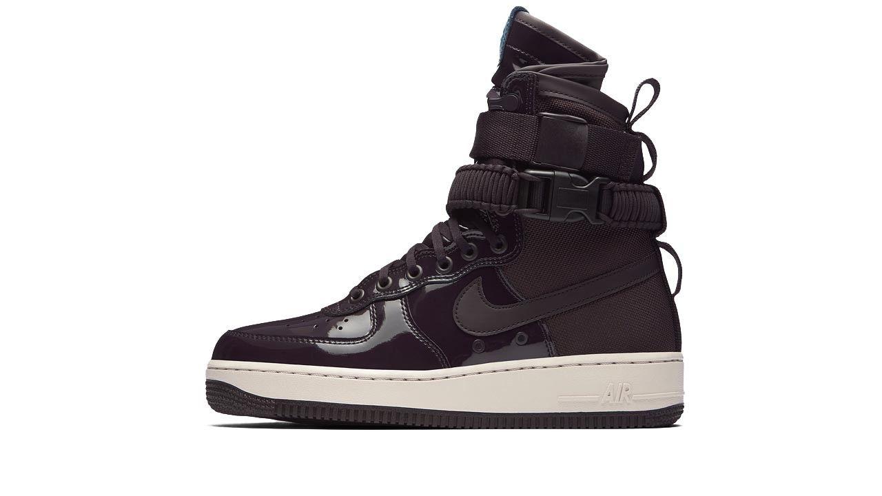 official photos d5402 57d71 Air Force 1 · Con dettagli di design presi a presto dagli scarponcini Nike  Special Field, la scarpa Nike
